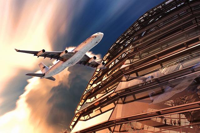aircraft-505126_640